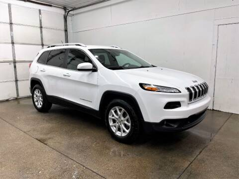 2015 Jeep Cherokee for sale at PARKWAY AUTO in Hudsonville MI