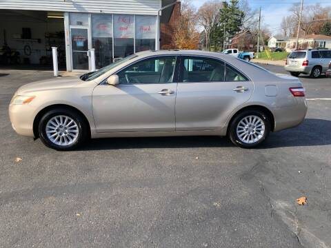 2007 Toyota Camry for sale at J&J Car and Truck Sales in North Canton OH