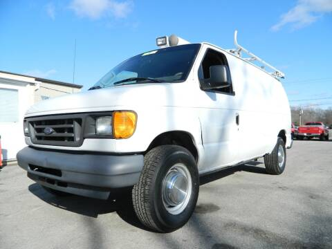 2005 Ford E-Series Cargo for sale at Auto House Of Fort Wayne in Fort Wayne IN