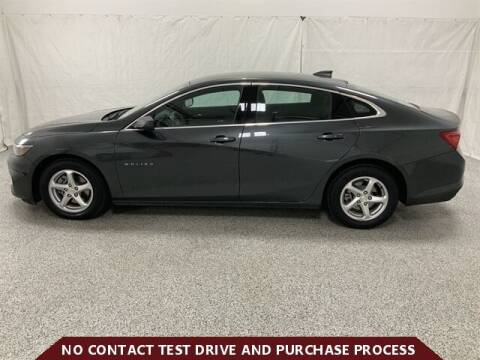 2018 Chevrolet Malibu for sale at Brothers Auto Sales in Sioux Falls SD