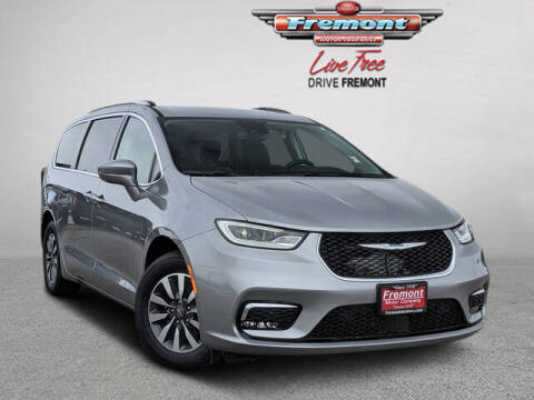 2021 Chrysler Pacifica Hybrid for sale at Rocky Mountain Commercial Trucks in Casper WY