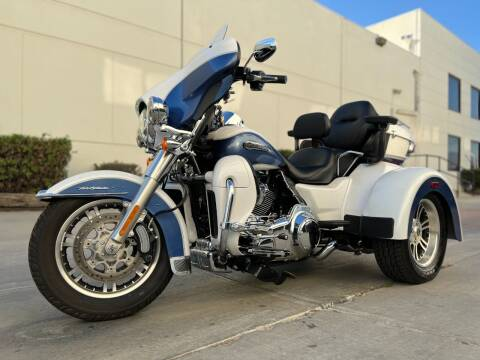 2015 Harley-Davidson FLHTCUTG for sale at New City Auto - Retail Inventory in South El Monte CA