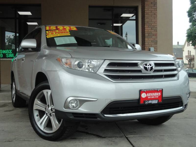 2011 Toyota Highlander for sale at Arandas Auto Sales in Milwaukee WI