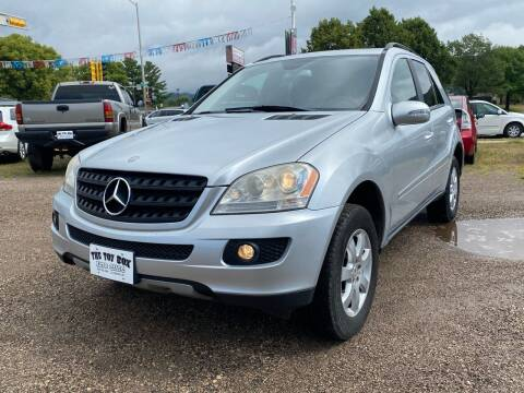 2006 Mercedes-Benz M-Class for sale at Toy Box Auto Sales LLC in La Crosse WI