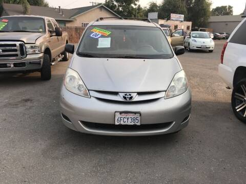 2008 Toyota Sienna for sale at Golden Gate Auto Sales in Stockton CA