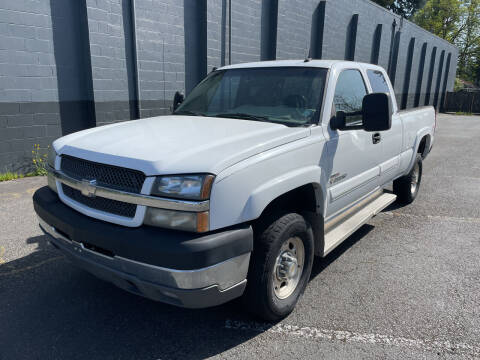 2003 Chevrolet Silverado 2500HD for sale at APX Auto Brokers in Lynnwood WA