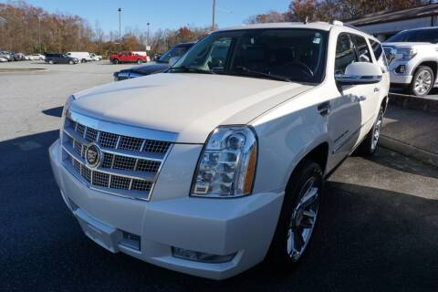 2013 Cadillac Escalade ESV for sale at Modern Motors - Thomasville INC in Thomasville NC