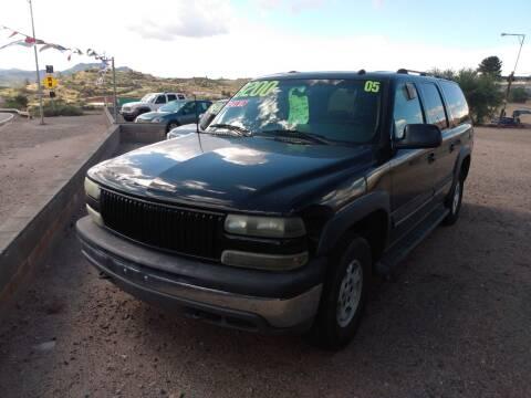 2005 Chevrolet Suburban for sale at Hilltop Motors in Globe AZ