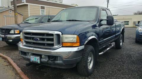 2001 Ford F-350 Super Duty for sale at Deanas Auto Biz in Pendleton OR