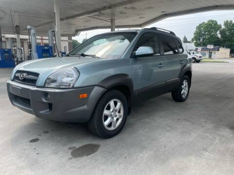 2005 Hyundai Tucson for sale at JE Auto Sales LLC in Indianapolis IN