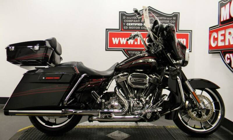 2011 Harley-Davidson CVO STREET GLIDE for sale at Certified Motor Company in Las Vegas NV