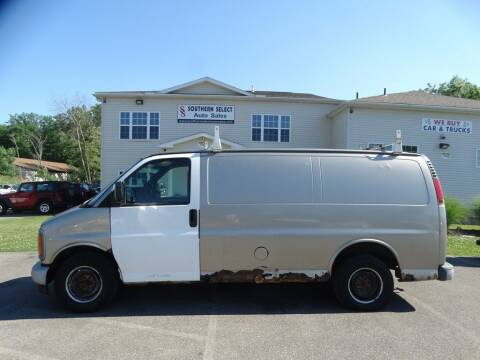 2002 Chevrolet Express Cargo for sale at SOUTHERN SELECT AUTO SALES in Medina OH