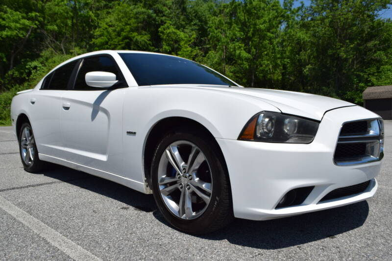 2013 Dodge Charger for sale at CAR TRADE in Slatington PA