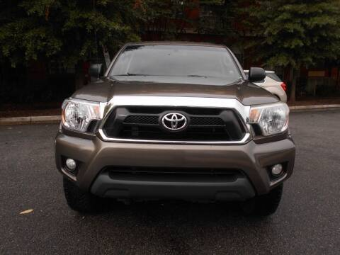 2014 Toyota Tacoma for sale at H & R Auto in Arlington VA