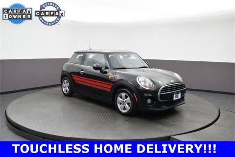 2018 MINI Hardtop 2 Door for sale at M & I Imports in Highland Park IL