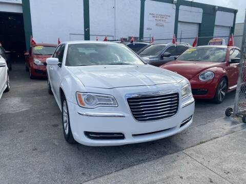 2014 Chrysler 300 for sale at Dream Cars 4 U in Hollywood FL