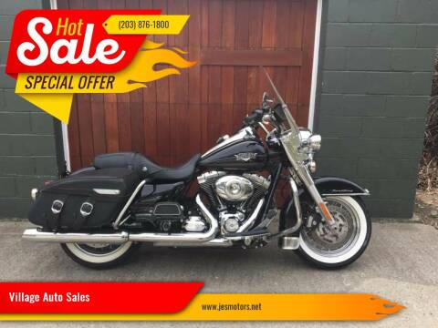 2013 Harley Davidson Road King Classic for sale at Village Auto Sales in Milford CT