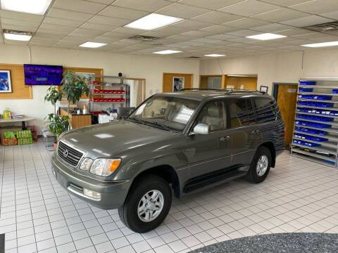 2000 Lexus LX 470 for sale at FIESTA MOTORS in Hagerstown MD
