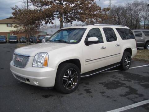 2013 GMC Yukon XL for sale at Auto Bahn Motors in Winchester VA
