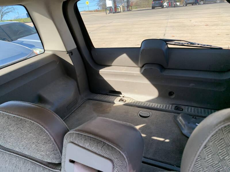 2004 Ford Explorer XLS 4dr SUV - Camdenton MO
