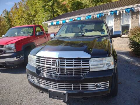 2007 Lincoln Navigator for sale at Riverside Auto Sales in Saint Albans WV