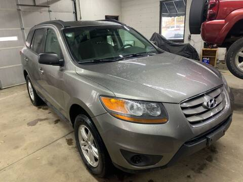 2011 Hyundai Santa Fe for sale at QUINN'S AUTOMOTIVE in Leominster MA