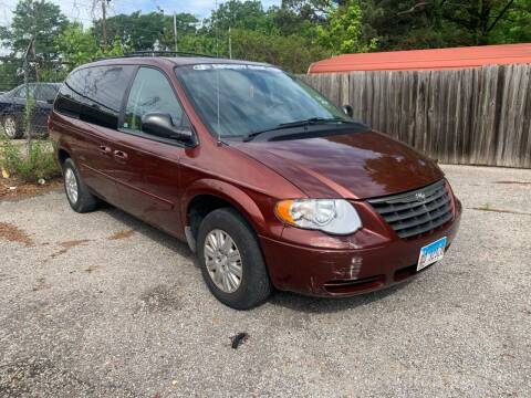 2007 Chrysler Town and Country for sale at Super Wheels-N-Deals in Memphis TN