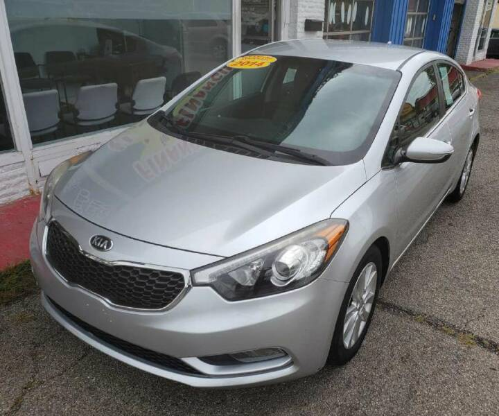 2014 Kia Forte for sale at AutoMotion Sales in Franklin OH