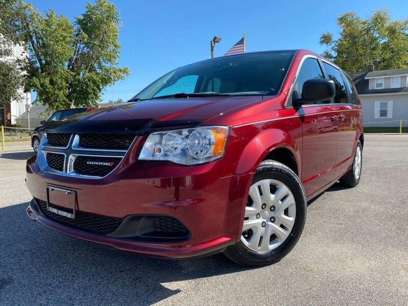 2018 Dodge Grand Caravan for sale at Total Eclipse Auto Sales & Service in Red Bud IL