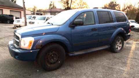 2006 Dodge Durango for sale at ALVAREZ AUTO SALES in Des Moines IA