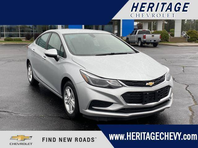 2017 Chevrolet Cruze for sale at HERITAGE CHEVROLET INC in Creek MI