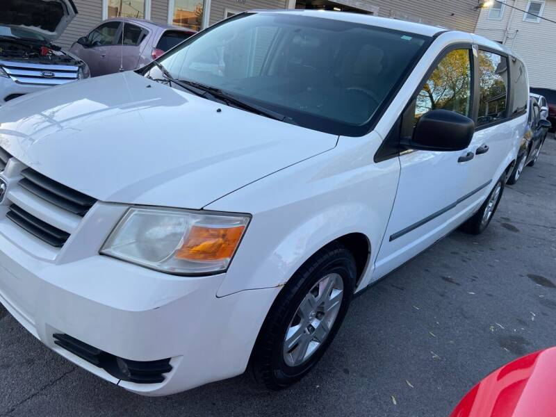 2010 Dodge Grand Caravan for sale at Global Auto Finance & Lease INC in Maywood IL