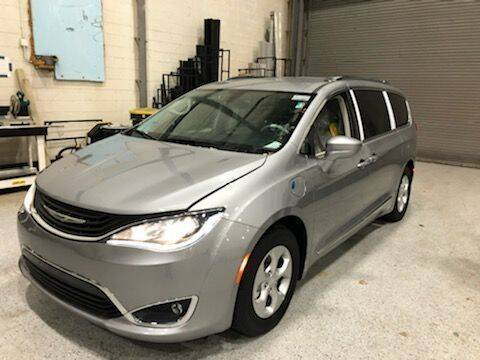 2018 Chrysler Pacifica Hybrid for sale at AMS Vans in Tucker GA