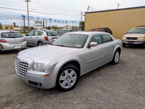 2006 Chrysler 300 for sale at JT AUTO in Parma OH