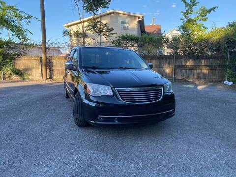 2012 Chrysler Town and Country for sale at MUSIC CITY MOTORS LLC in Nashville TN