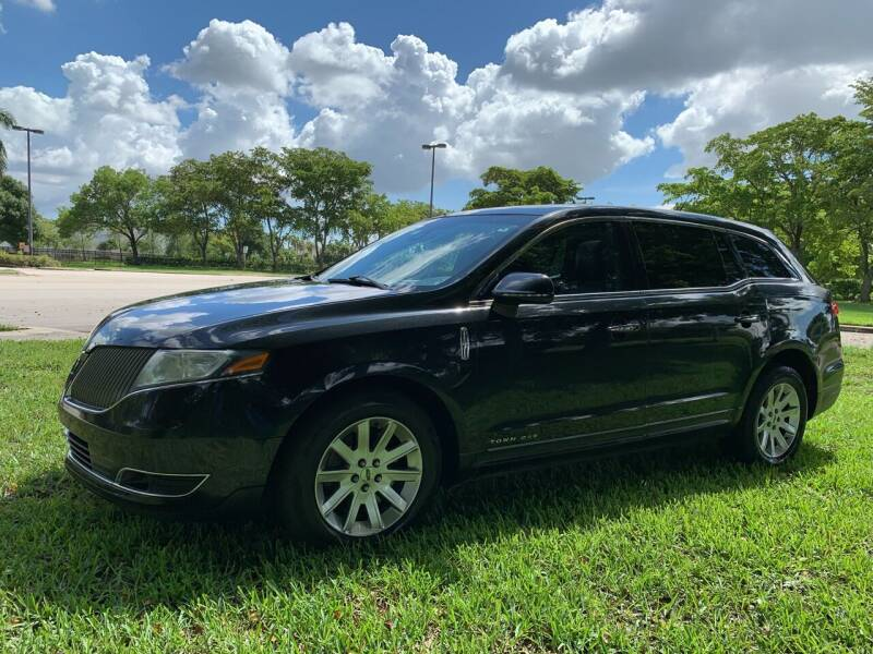2014 Lincoln MKT Town Car for sale at Top Trucks Motors in Pompano Beach FL
