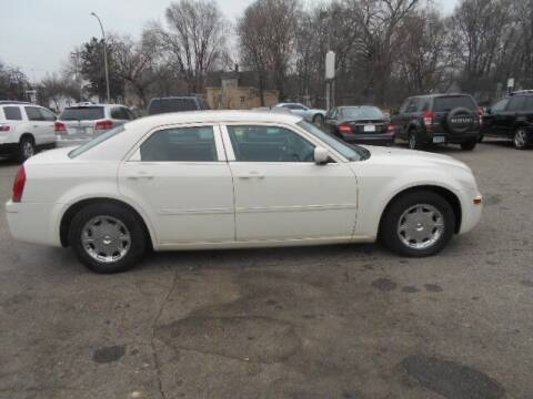 2006 Chrysler 300 for sale at SPECIALTY CARS INC in Faribault MN
