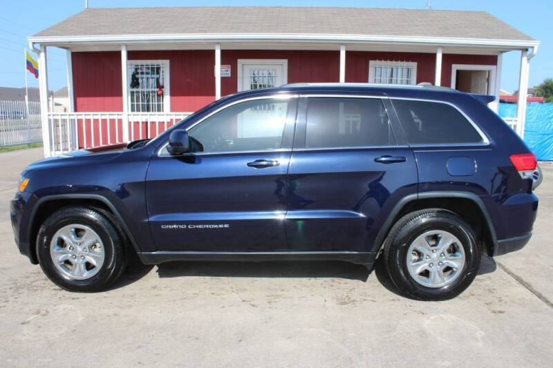 2015 Jeep Grand Cherokee for sale at AMT AUTO SALES LLC in Houston TX