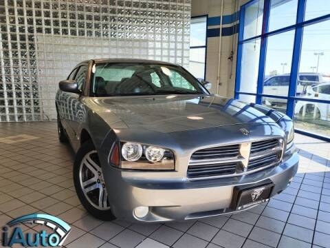 2006 Dodge Charger for sale at iAuto in Cincinnati OH