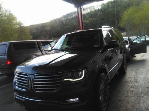 2017 Lincoln Navigator for sale at Tim Short Auto Mall in Corbin KY
