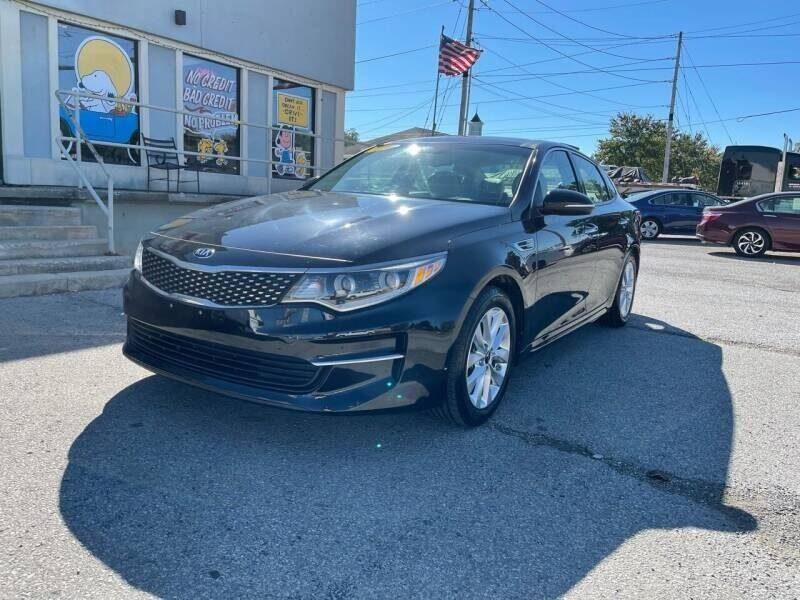 2017 Kia Optima for sale at Bagwell Motors in Lowell AR