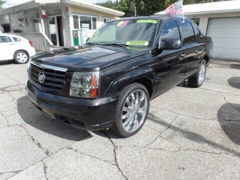 2002 Cadillac Escalade EXT for sale at Gold Key Motors in Centralia WA