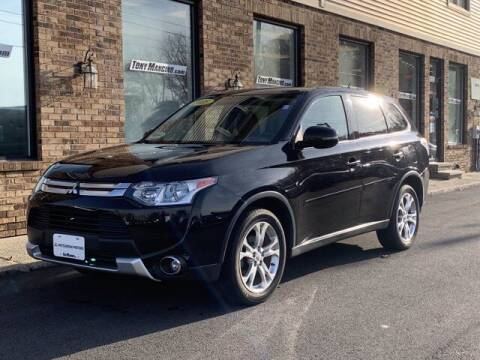 2015 Mitsubishi Outlander for sale at The King of Credit in Clifton Park NY