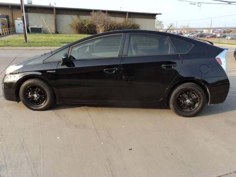 2015 Toyota Prius for sale at SPORT CITY MOTORS in Dallas TX