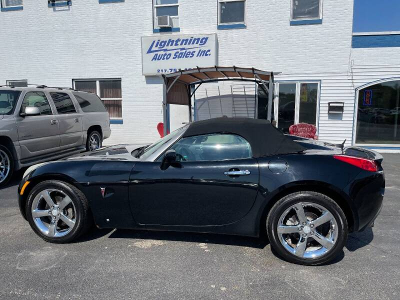 2007 Pontiac Solstice for sale at Lightning Auto Sales in Springfield IL