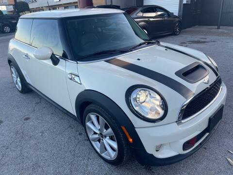 2013 MINI Hardtop for sale at Austin Direct Auto Sales in Austin TX