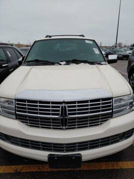 2007 Lincoln Navigator for sale at WB Auto Sales LLC in Barnum MN