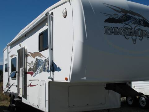 2006 Heartland BIGHORN 31 TRIPLE SLIDE for sale at Oregon RV Outlet LLC - 5th Wheels in Grants Pass OR