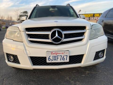 2010 Mercedes-Benz GLK for sale at Global Auto Group in Fontana CA