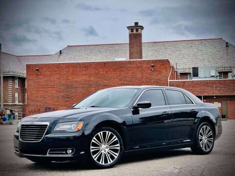 2013 Chrysler 300 for sale at ARCH AUTO SALES in St. Louis MO